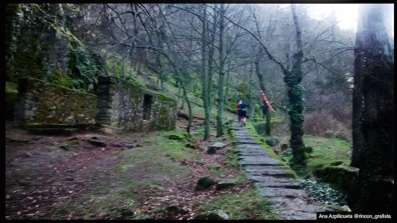 Lee más sobre el artículo Para desayunar 20km y 1.400D – Crónica de San Lorenzo de El Escorial, 1ª carrera del Circuito Tactika Trail 2015
