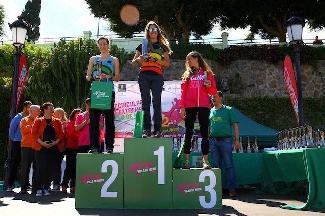 PODIO CHICAS 12 KM