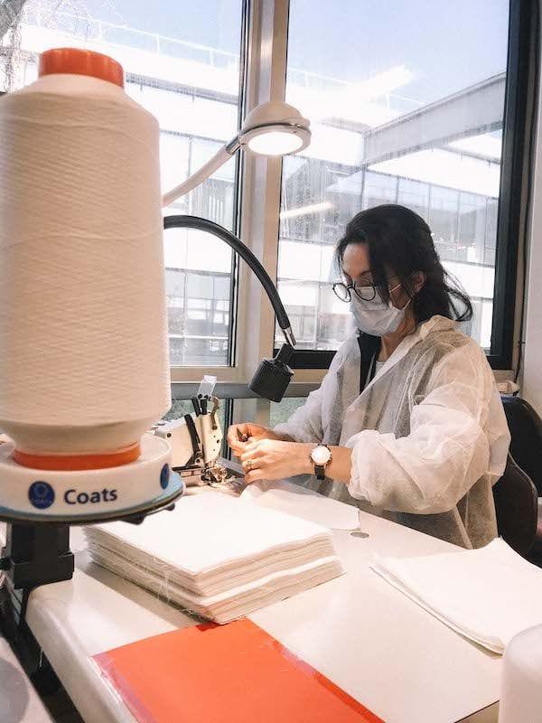 Lee más sobre el artículo Salomon fabrica 90.000 mascarillas médicas reutilizables